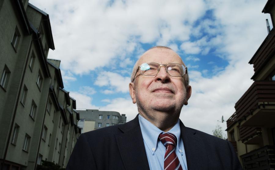 Prof. Zbigniew Lewicki