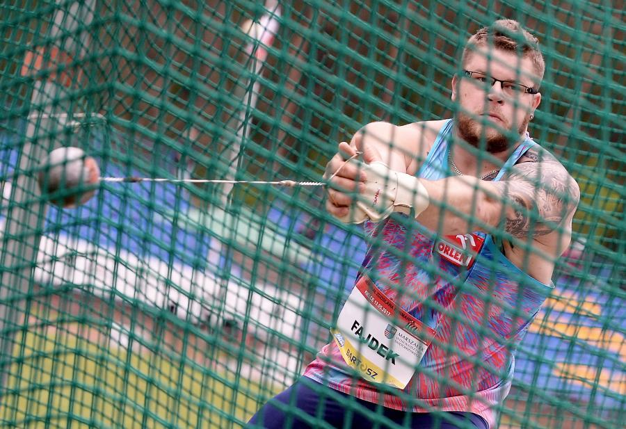 Paweł Fajdek podczas konkursu rzutu młotem, w trakcie VIII Memoriału Zdzisława Furmanka