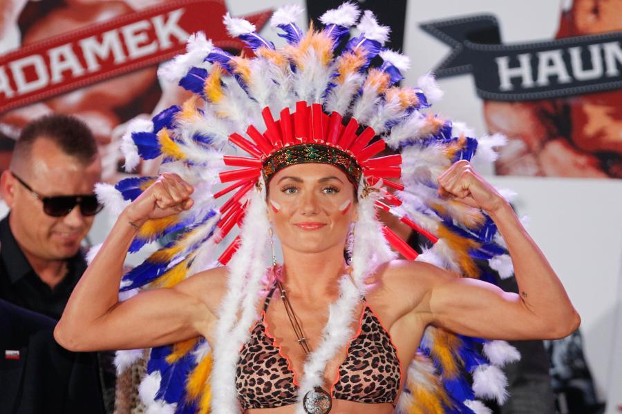Show Ewy Brodnickiej. W takim stroju nasza mistrzyni zaprezentowała się przed walką
