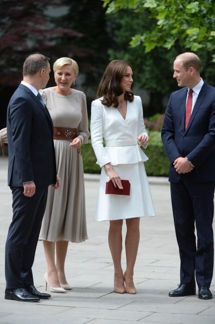 Andrzej Duda i Agata Kornahauser-Duda oraz księżna Catherine i książę William;