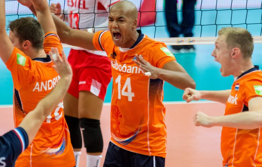 Siatkarze Holandii podczas meczu grupy D mistrzostw Europy siatkarzy w Katowicach