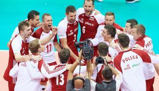Polscy reprezentanci cieszą się ze zwycięstwa nad Finlandią