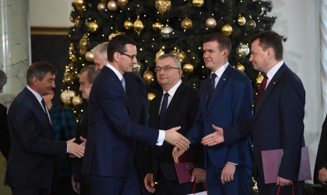 Rekonstrukcja rządu. Kto odszedł, a kto wszedł do rządu Morawieckiego? LISTA NAZWISK