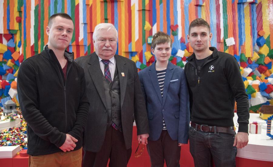 Lech Wałęsa z wnukami  (Photo Lars Moller)