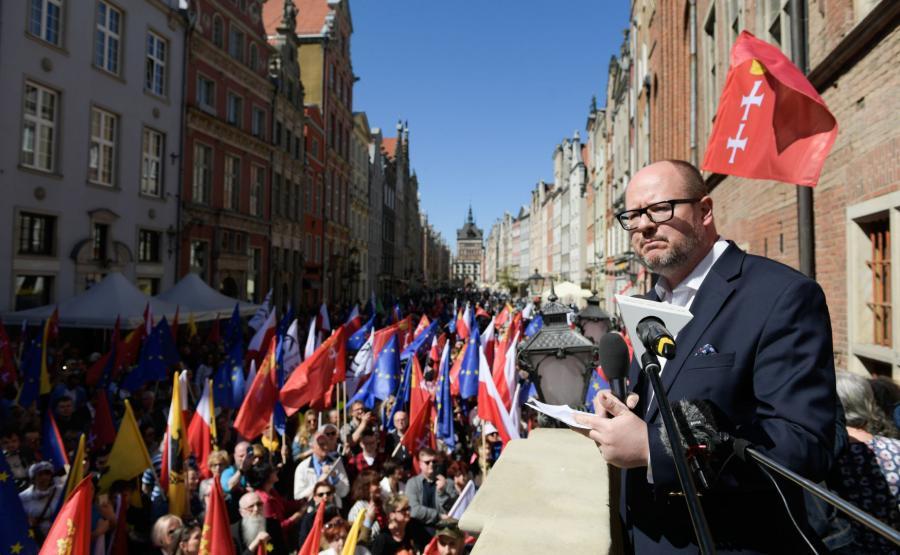Manifestacja przeciw faszystom