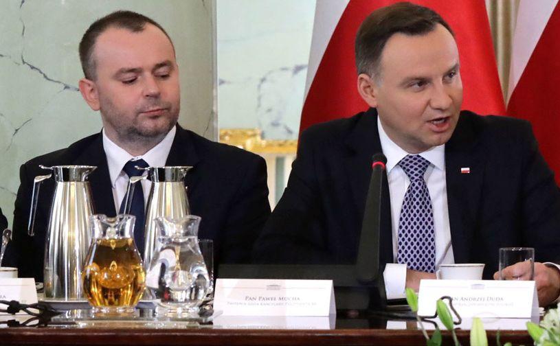 Zastępca szefa Kancelarii Prezydenta RP Paweł Mucha i prezydent Andrzej Duda