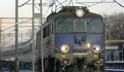 Mniej pociągów z Warszawy do Łodzi - i Gdyni. To najważniejsze zmiany w nowym rozkładzie