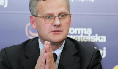 Rząd wystawia Polskę na wyprzedaż