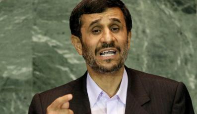 """Czy irański prezydent Mahmud Ahmedineżad szykuje Amerykanom powtórkę z """"kryzysu kubańskiego""""?"""