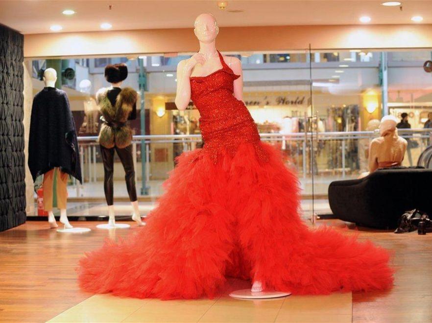 Suknia zaprojektowana dla Miss Polski przez Ewę Minge