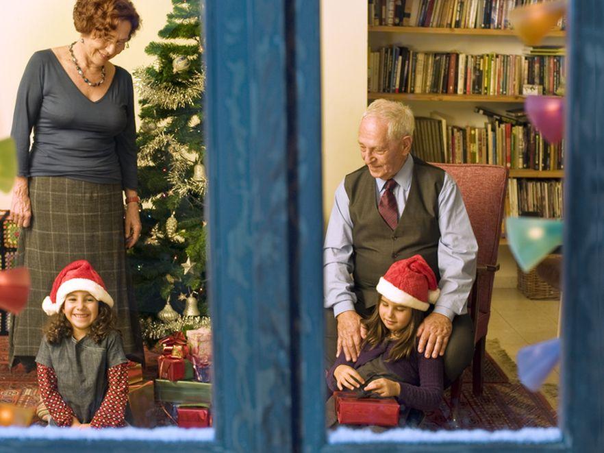 Święta odczarowane: jak świętować i przeżyć?