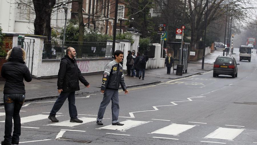 Turyści na Abbey Road