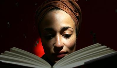 Zadie Smith otworzyła drzwi multikulturowej literaturze, pisanej przez drugie pokolenie imigrantów