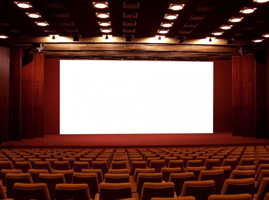 Polskie kina zarabiają, bo podrożały bilety