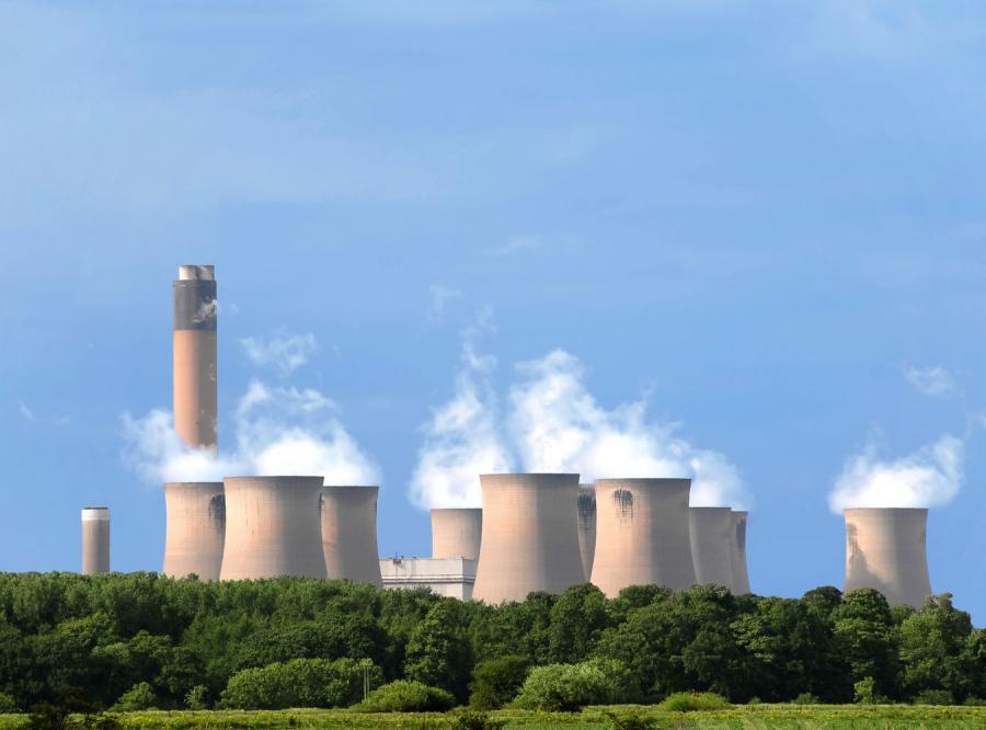 Rząd będzie konsultował budowę reaktorów z Berlinem