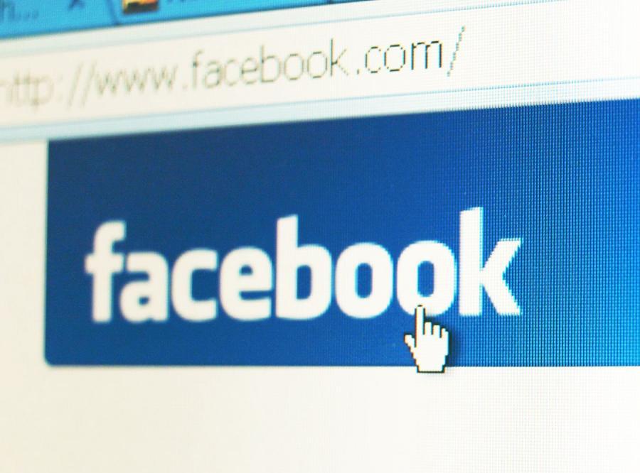 Facebook odniósł sukces dzięki znajomościom