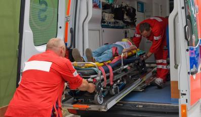 """Dwie osoby zginęły w wypadku na krajowej """"szóstce"""""""