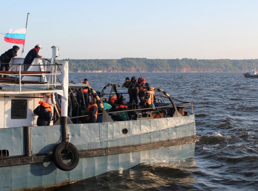 Nurkowie widzieli w zatopionym na Wołdze statku 50 ciał, w większości dzieci