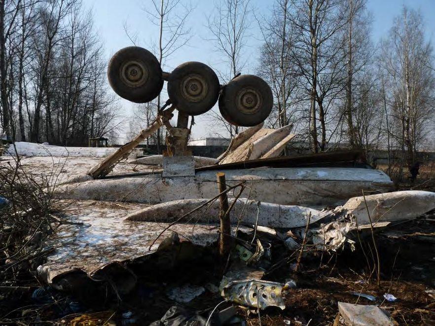 BBC: Polska obarcza Rosję częścią winy za katastrofę Tu-154M; fot. Raport komisji Millera