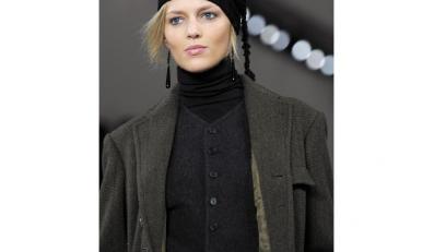 Anja Rubik wzięła udział w najnowszej kampanii H & M