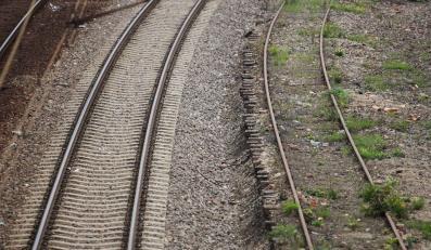 Brud w pociągu? Kolejarze zapłacą gigantyczne kary