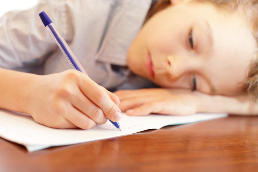 W powszechnym mniemaniu szkoły prywatne lepiej dbają o edukację dzieci