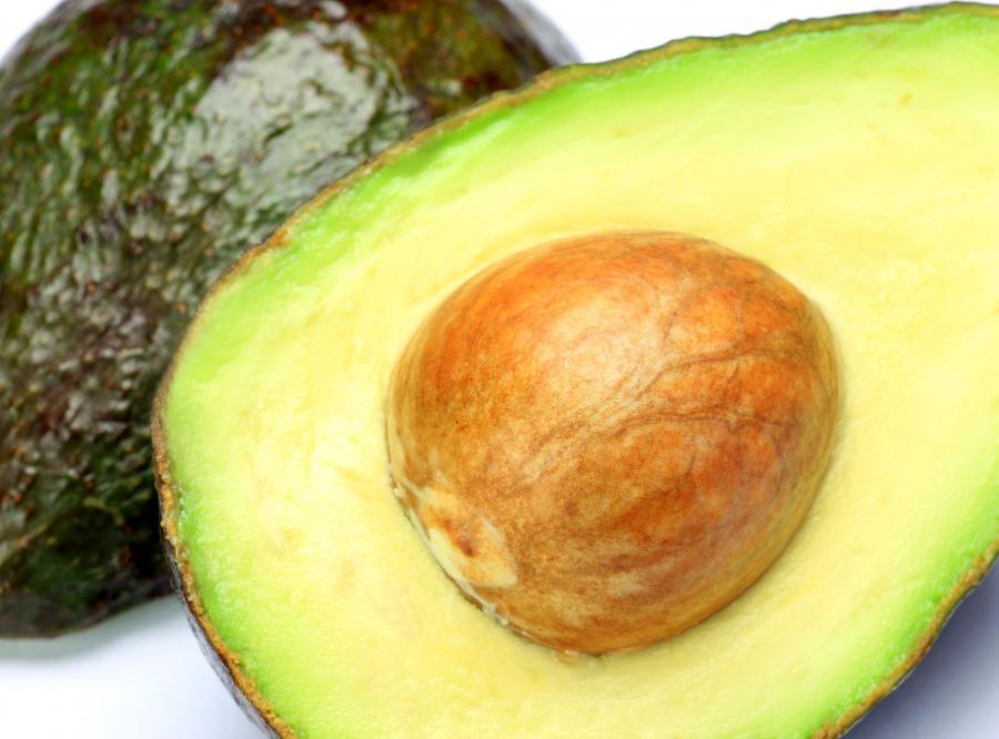 Awokado zawiera białko