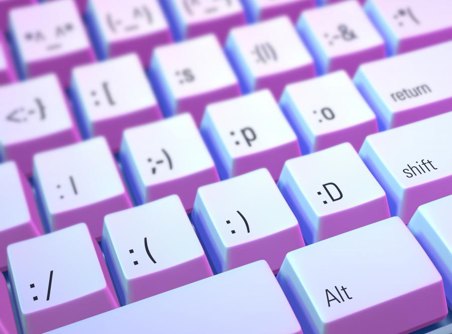 emotikony czat internet komputer :-)