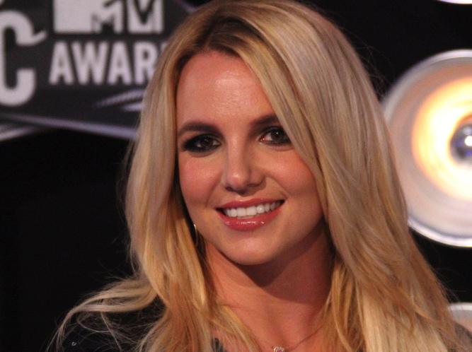 Britney Spears musi przejść na dietę przed programem \