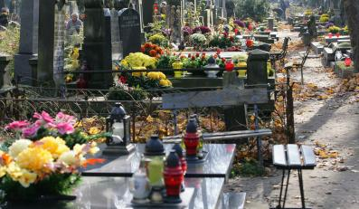 Groby na Starych Powązkach