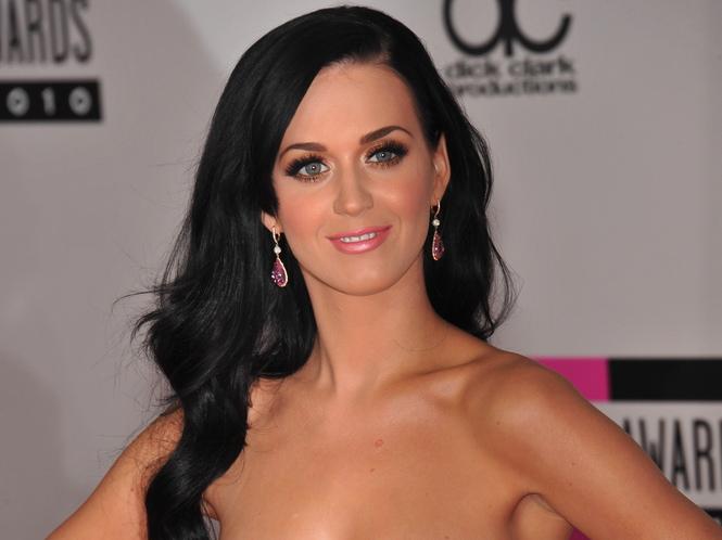 Katy Perry zostawia faceta i idzie na wojnę
