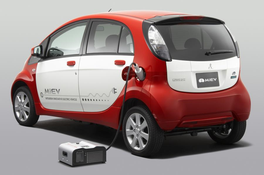 MiEV power BOX i Mitsubishi i-MiEV
