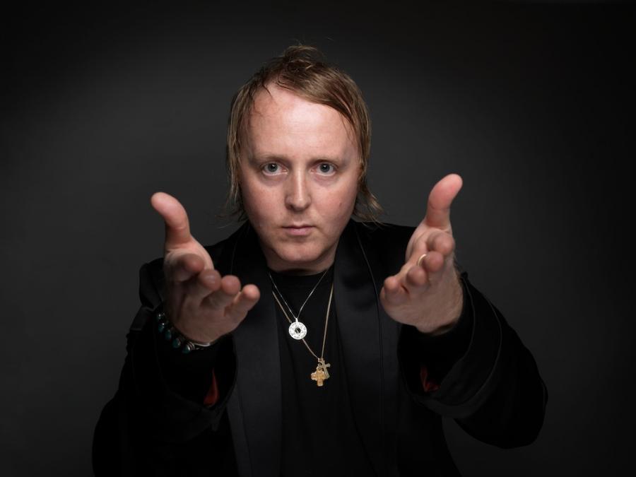 James McCartney chciał skompletować zespół