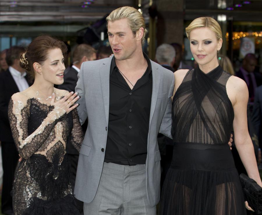 Kristen Stewart i Charlize Theron na premierze \