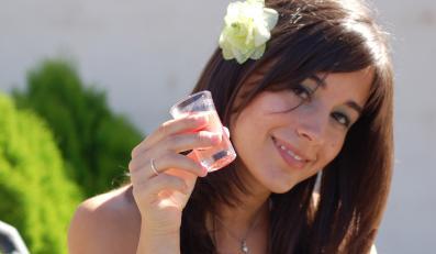 Jak szkodzą alkohol i tłuste jedzenie