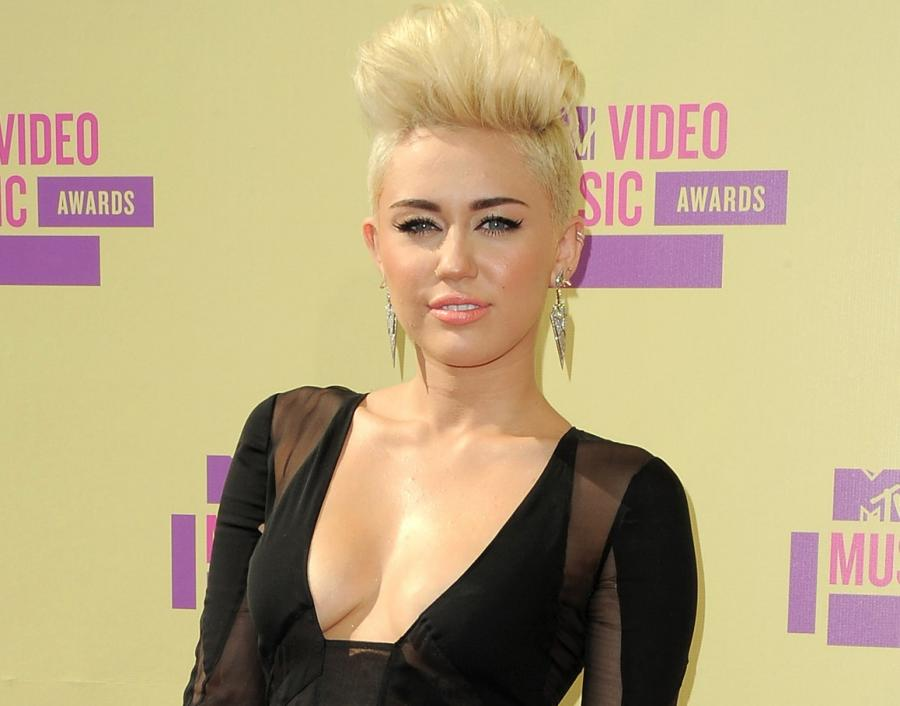 Miley Cyrus niemal perfekcyjna na nowej płycie