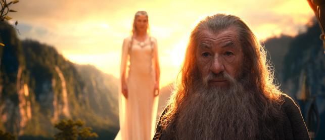 """Cate Blanchett i Ian McKellen w filmie """"Hobbit: Niezwykła podróż"""""""