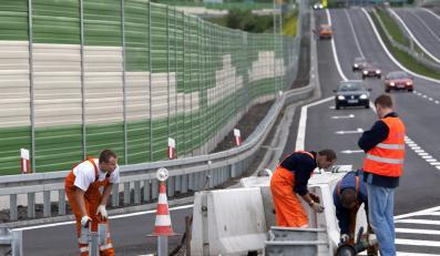 Rząd zbuduje tylko 6 kilometrów autostrad