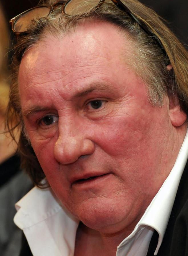 Gerard Depardieu ma rosyjski paszport i nowe... belgijskie prawo jazdy