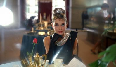 """Audrey Hepburn w filmie """"Śniadanie u Tiffany'ego"""""""