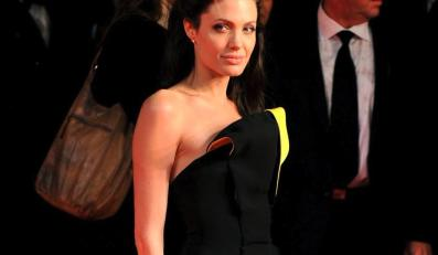 """Angelina Jolie korzystała z usług """"Hollywood – Escort"""""""