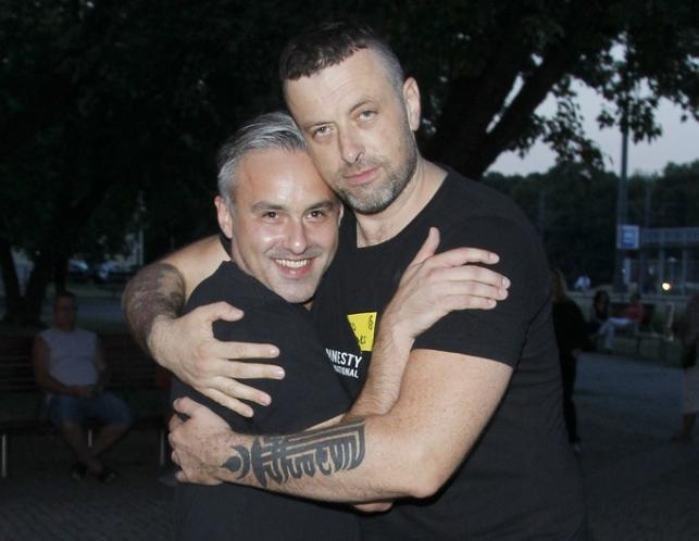 """Filip Dzierżawski i Tymon Tymański na premierze """"Miłości"""""""