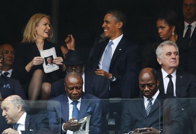 Obama na uroczystościach pogrzebowych Mandeli