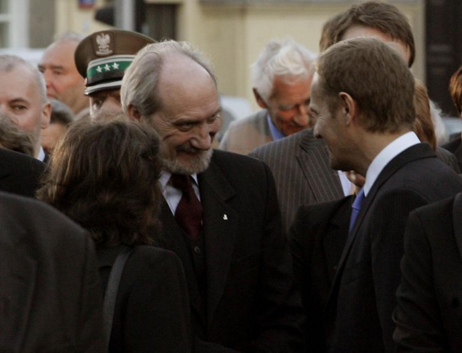 Antoni Macierewicz i Donald Tusk