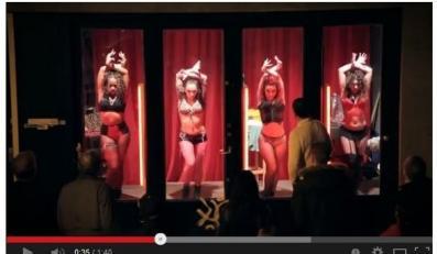 tancerki w Dzielnicy Czerwonych Latarni