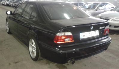 BMW 525i - 2002 rok - przebieg 235 830 km