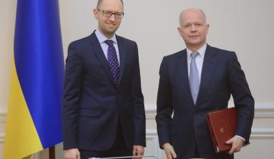 Arsenij Jaceniuk i William Hague