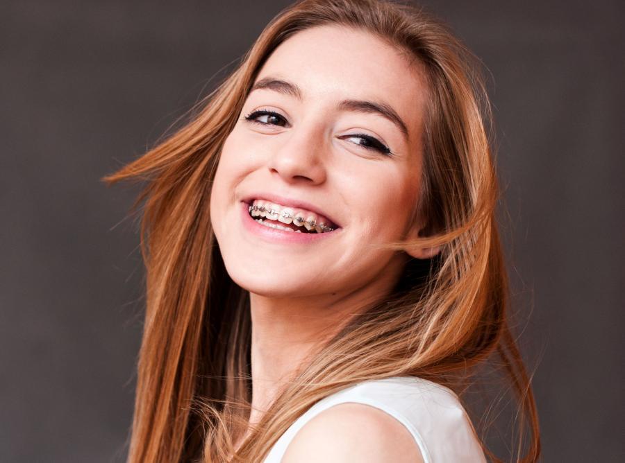 MIT 8 - Efekt leczenia ortodontycznego zależy tylko od pracy dentysty