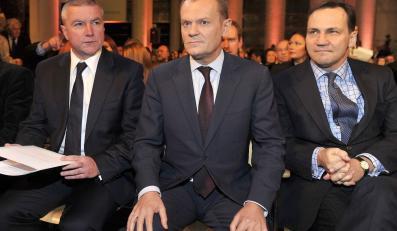 Paweł Graś, Donald Tusk i Radosław Sikorski