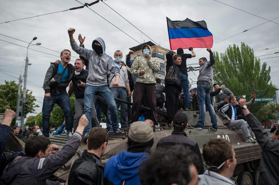 Mariupol, Ukraina: prorosyjscy separatyści na wiecu